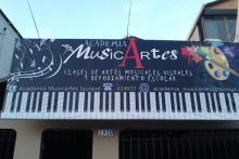 ACADEMIA UBICADA EN : SARGENTO ALDEA #1910 A LA ALTURA DE GENARO GALLO \ ARTURO PEREZ CANTO SECTOR NORTE DE IQUIQUE